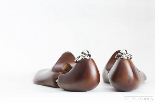 Kent Wang Beechwood Shoe Trees Review Rounded Heel