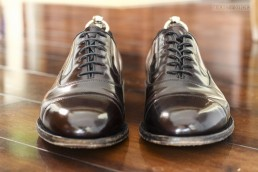 how-to-lace-oxford-dress-shoe